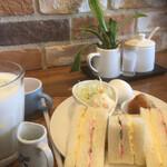 ステラコーヒー - ワッフルとサンドイッチ