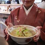 13122597 - お店の名物はチャンポンと皿うどん。これはチャンポン550円です。