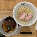 麺屋 猪一 離れ - 京の都もち豚ちゃーしゅー 追い鰹つけそば(黒醤油) 1,000円
