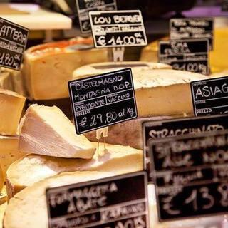 人気急上昇!種類豊富なチーズをご用意!