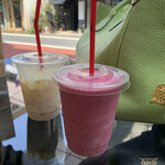 Vegan cafe and Bar Karons -