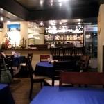 アロヒディン - 綺麗な内装のレストラン