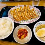 餃子の王将 - 餃子ランチ、680円。