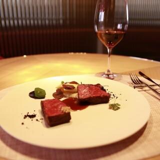 サク飲みOK!アラカルトでモダンなフランス料理とワインで乾杯