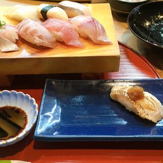 三七十鮨 - 料理写真:おまかせにぎり