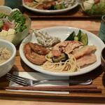 オーガニック レストラン 広場 - 最初の一皿