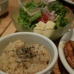 オーガニック レストラン 広場 - 玄米は柔らか目