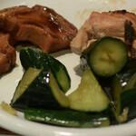 オーガニック レストラン 広場 - おふと胡瓜と鶏肉みそ焼き