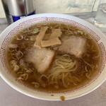 あら川 - 料理写真:ラーメン ¥700