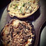 青森地酒専門店 あおもり湯島 - ホタテの貝焼き味噌と塩辛のかやき