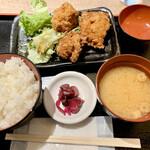 水炊き・焼鳥・鶏餃子 とりいちず - 唐揚げ定食500円