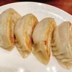 榮林 - 餃子
