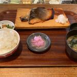 131276224 - 鮭の西京焼き定食