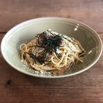 CAFE EASY LAND - 料理写真:しらすと干しエビの和風しょうゆパスタ