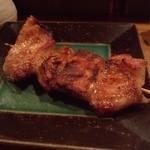 はやし家 - 2012.5 ぺてん(2串260円)頭肉の脂が強い部分です
