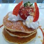 ルサ ルカ - イチゴのミルフィーユパンケーキ