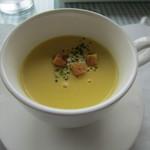 13129419 - 濃厚なコーンスープです。