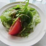13129420 - 新鮮な野菜をフレンチドレッシングで。