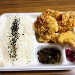 唐揚げ専門 善八商店 - 料理写真:唐揚げ弁当 中 うま塩 ご飯大盛