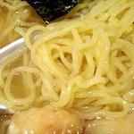 支那そば 八島 - 「エビ塩ワンタンメン」の麺