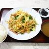 はとば食堂 - 料理写真:ご飯はお代わりできるよ、って最初からこの量!