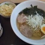 香福園 - 塩ラーメン + 半チャーハン  ¥750