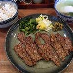13131841 - 赤兵衛 「牛たん定食(大盛り)」