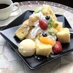 もちもち小麦のシフォンケーキ モフォンと季節のフルーツ