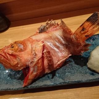 旬の魚をご用意してます