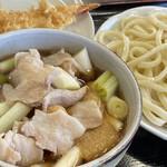 131317727 - ・肉汁うどん 並 750円/税込                         ・えび天(1本) 220円/税込