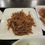ajinochuukahagoromo - 豚肉と竹の子の味噌炒め