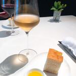 Risutorantehirooosaka - 葡萄ジュース、パン