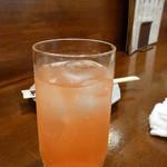 福の根dining - ピングレの水割り・・・の、はずがソーダ割り。