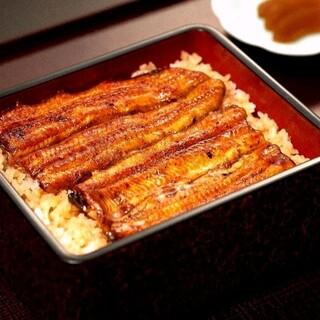 愛知県三河一色産養殖うなぎを使用した、伝統の味