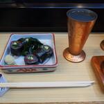 奴寿し - 味の磯巻き & 冷酒(加賀鳶)