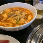 焼肉千里馬 - カルビクッパ、生ビール