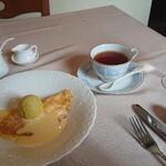 ラ リベラ - ランチBコース、クレープ、紅茶