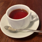 パスタピッコラ - 食後の紅茶。オレンジジュースやジンジャーエールが選べるのも嬉しいですねヽ(*^ω^*)ノ