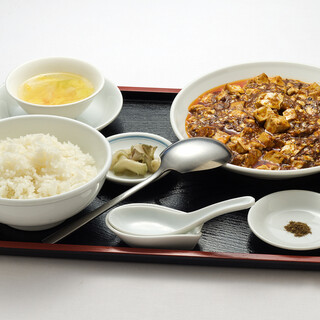 当店イチオシ、辛さ自慢の『陳麻婆豆腐』は必食です!