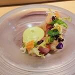 131396586 - 旬魚のサラダ仕立て、万願寺唐辛子のムース
