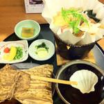 大福  - 基本メニューの『お手軽うどんすき』は1,480円とお高いので、紙鍋うどんすき御膳1,050円にしました。