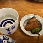 かもん亭 - カツオの揚げ煮。