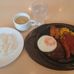 ガスト - ミックスグリルランチ+目玉焼き
