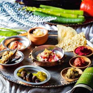 東西アジアを網羅した古代オリエンタル料理