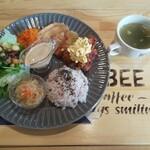 キッチン&コーヒー ビー - デリプレートランチ(チキン南蛮)※ご飯少なめ
