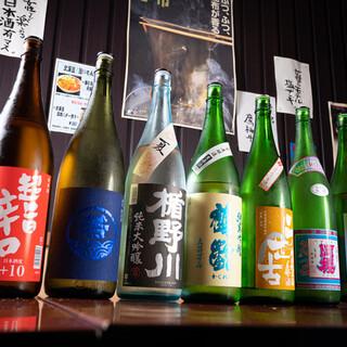道産酒メインに全国の地酒が常時20種類以上!