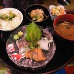 Zikka食堂 - 刺身定食(ランチタイム)