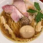 麦と麺助 - 料理写真:味玉 中華蕎麦 ( ´θ`)