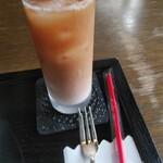 ヴェルデュール・カフェ - アイスミルクティー