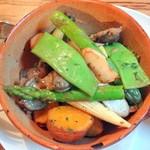 デュボワ - 鶏砂肝のコンフィと色々野菜のソテー900円